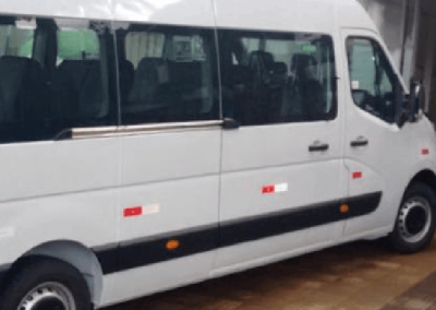 Exército do Amapá – Renault – Minibus